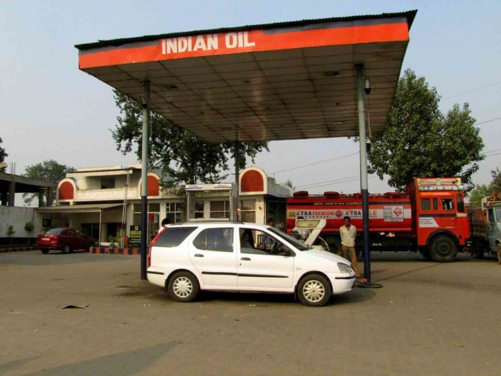 FASTags to be Soon Available at Petrol Pumps