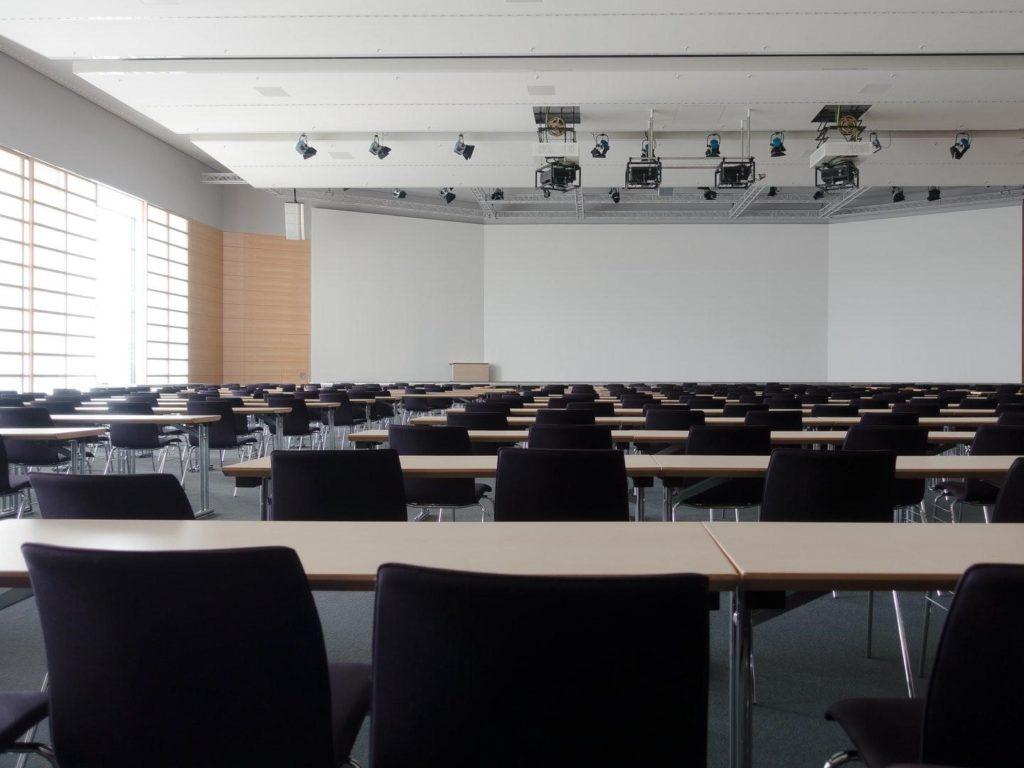 Advantages of an International MBA Degree