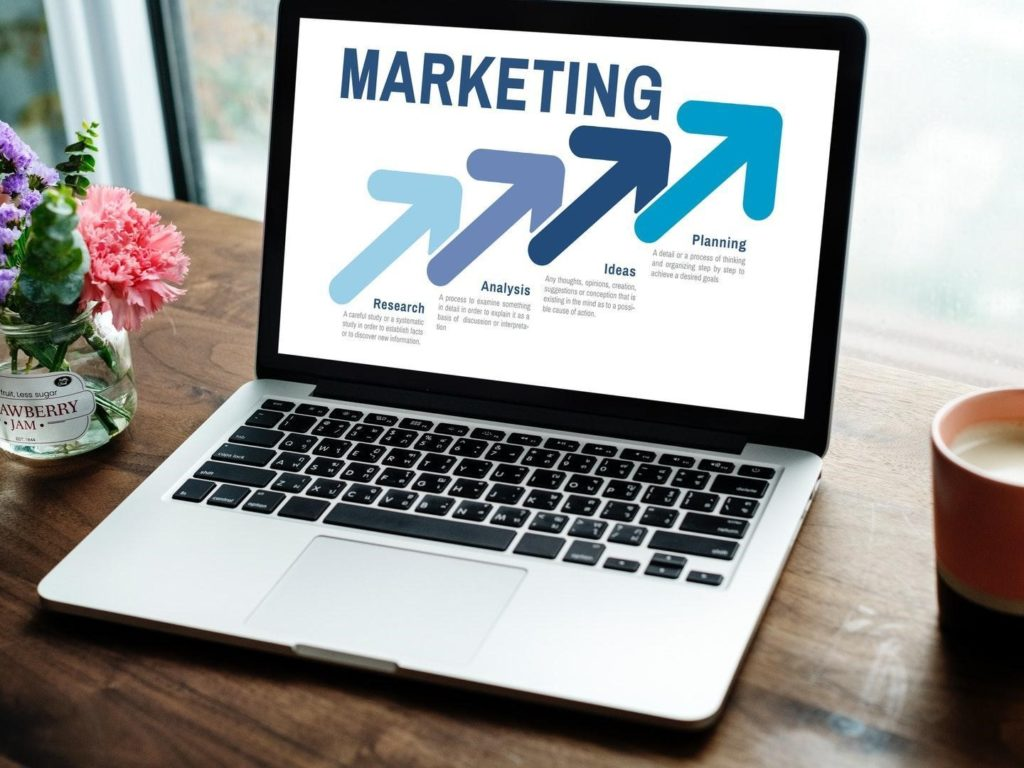 What is the Eligibility to Do Digital Marketing Course?